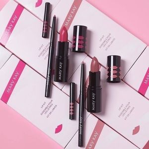 Mary Kay Lip Kits in Nude & Pink